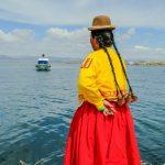 Auf den Schilfinsel im Titicaca See