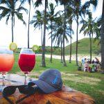 Cocktails unter Palmen