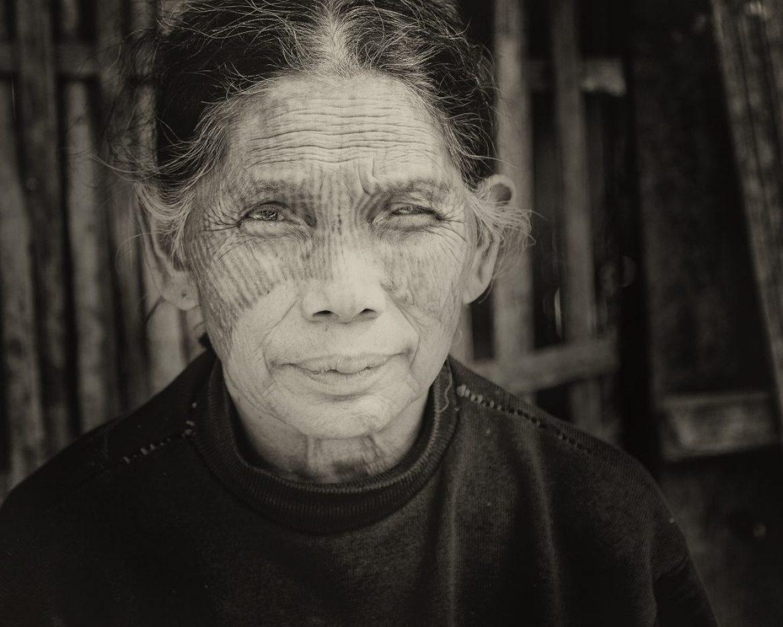 Behind Faces – Die Chin Frauen von Myanmar